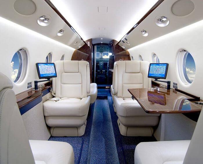 Gulfstream_D-CGEP_700x565-4